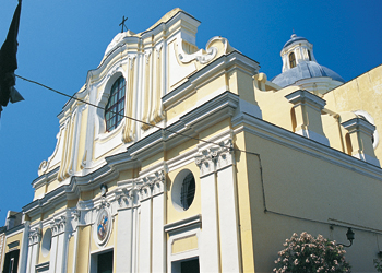 La visita alle chiese del comune di Ischia
