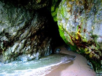 La Sibilla in una grotta dell'isola di Ischia